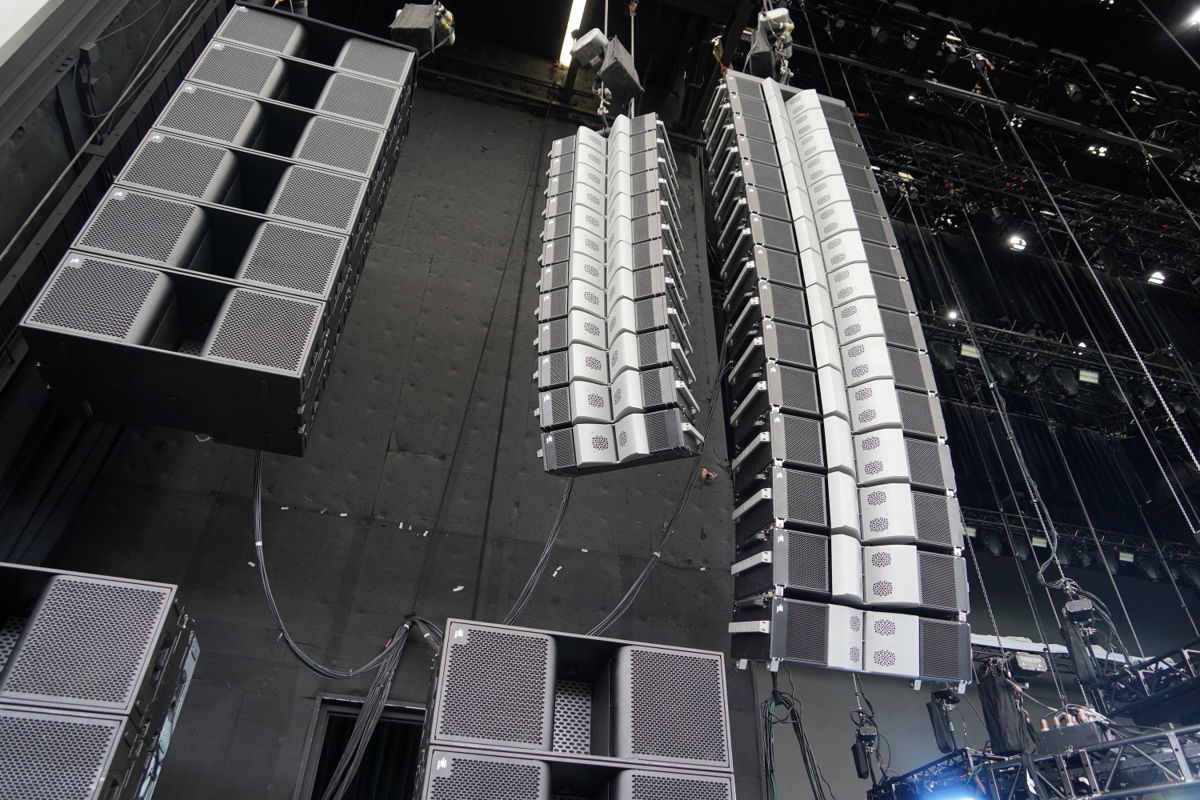 Country Superstar Dierks Bentley Tours with PK Sound